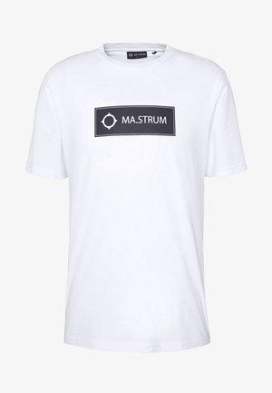 ICON BOX LOGO TEE - Camiseta estampada - optic white