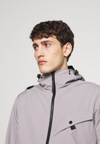 Ma.strum - HOODED JACKET - Impermeable - quicksilver - 3