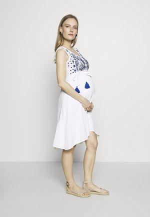 RICKSHAW RIDE  - Sukienka letnia - white