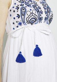 Mara Mea - RICKSHAW RIDE  - Denní šaty - white - 4