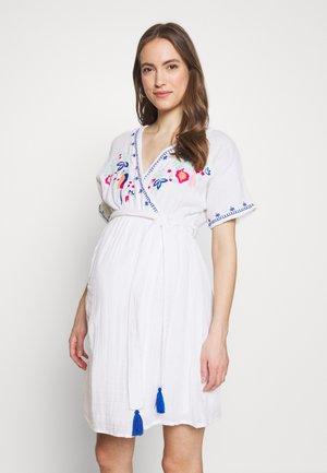 THIRD EYE - Denní šaty - white