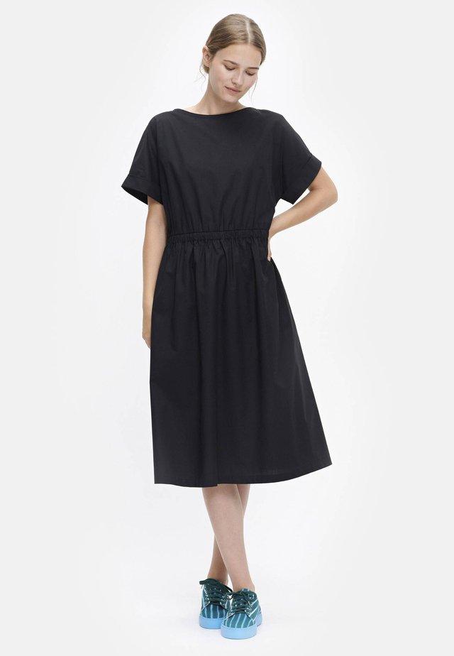 PIIRI - Day dress - black