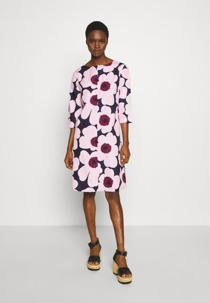 TAIVE PIENI UNIKKO DRESS - Korte jurk - dark blue/pink