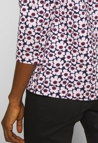 Marimekko - ILMA PIKKUNINEN UNIKKO - Långärmad tröja - dark blue/pink - 4