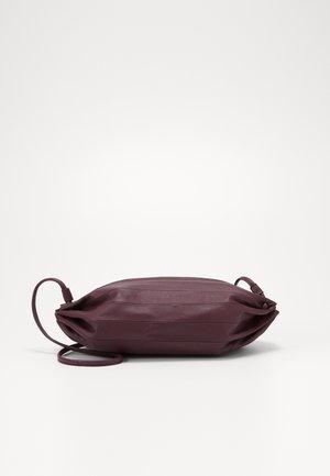 KARLA BAG - Handbag - wine red