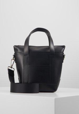 MILLI MATKURI BAG - Handbag - black