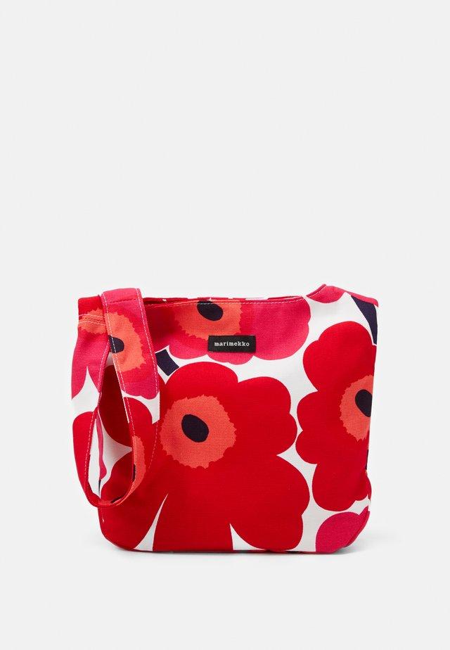 CLOVER BAG - Schoudertas - white/red