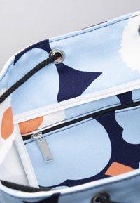 Marimekko - ERIKA  - Reppu - blue/white/peach - 5