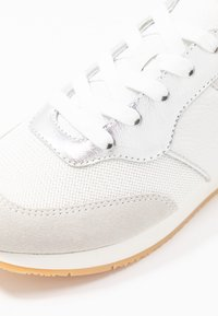 Marc Cain - Sneaker low - white - 2