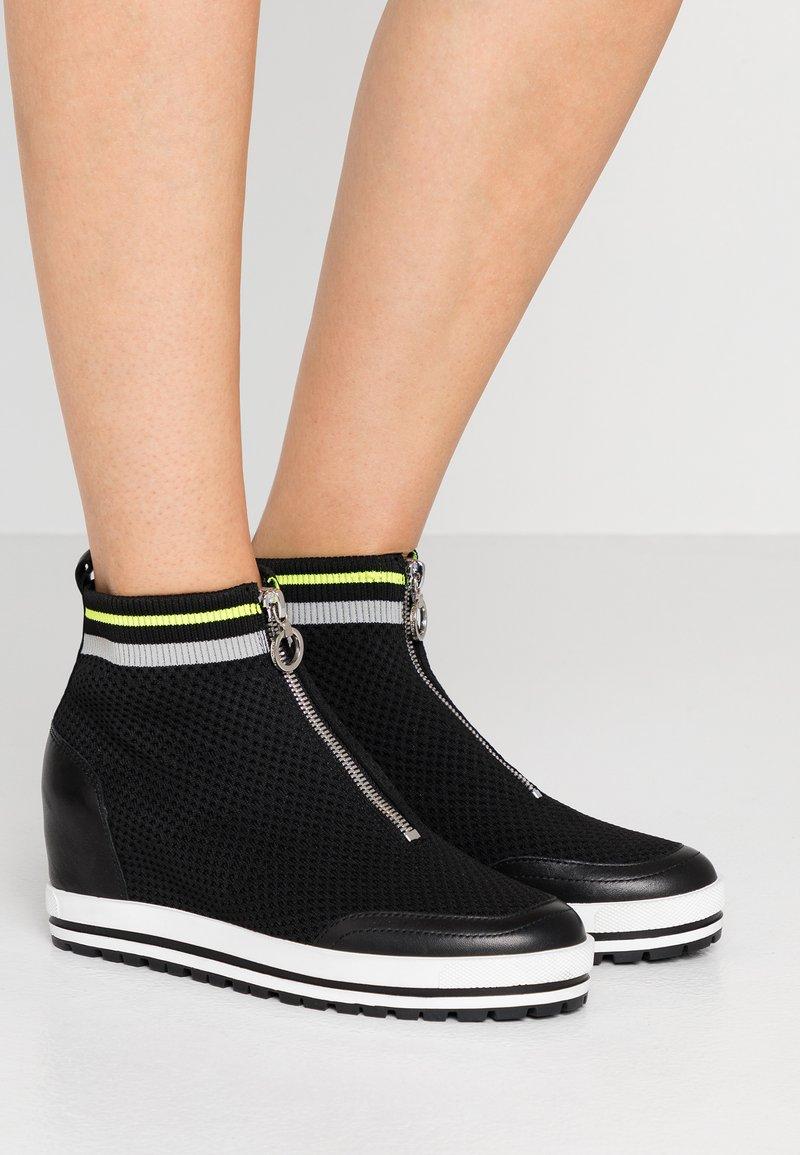 Marc Cain - Sneaker high - black