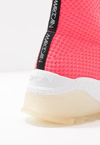 Marc Cain - Vysoké tenisky - neon pink - 2