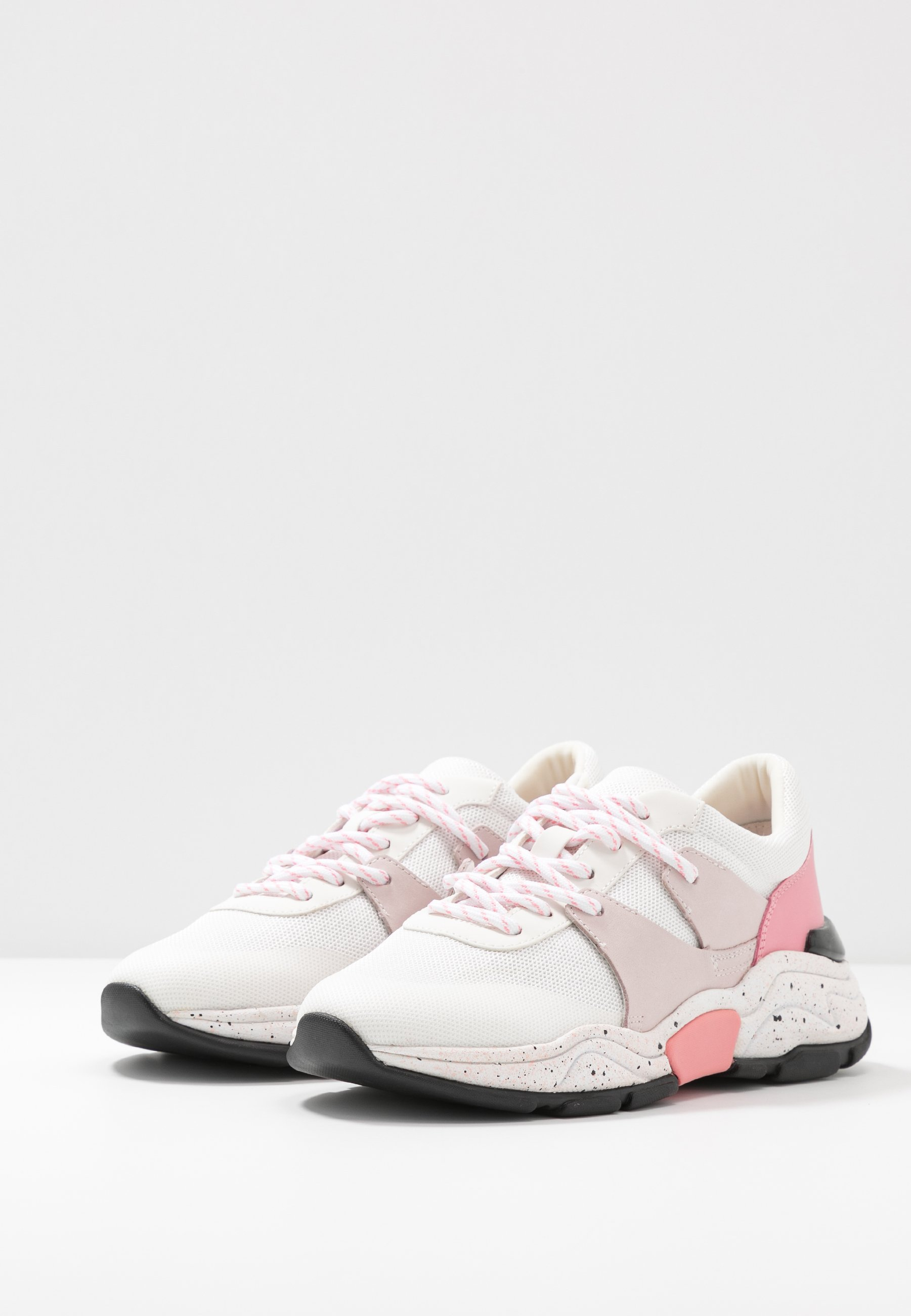 Marc Cain Sneaker low - white