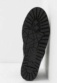Marc Cain - Kotníková obuv - black - 6