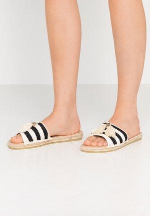 Pantofle - schwarz