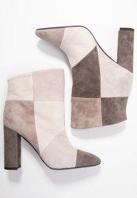 Marc Cain - Ankelboots med høye hæler - beige/multicolor - 3