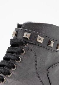 Marc Cain - Cowboy/biker ankle boot - anthrazit - 2