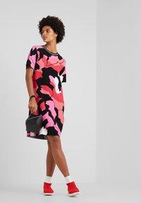 Marc Cain - Strikket kjole - multi-coloured - 1