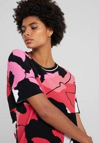 Marc Cain - Strikket kjole - multi-coloured - 4