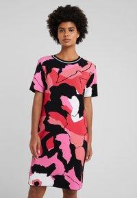 Marc Cain - Strikket kjole - multi-coloured - 0
