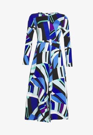 Žerzejové šaty - blau
