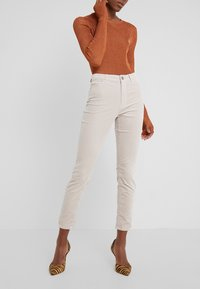 Marc Cain - Slim fit jeans - rose dust - 0
