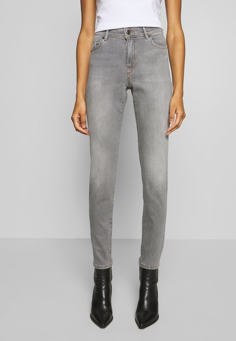 Marc Cain - Jeans Slim Fit - grey denim