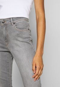 Marc Cain - Jeans Slim Fit - grey denim - 3