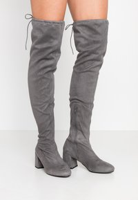 Miss Selfridge Wide Fit - WIDE FIT OSLO LOW BLOCK - Over-the-knee boots - charcoal grey - 0