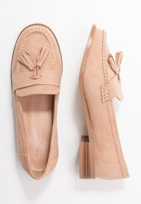 Miss Selfridge Wide Fit - WIDE FIT TASSEL LOAFER - Instappers - pink - 3