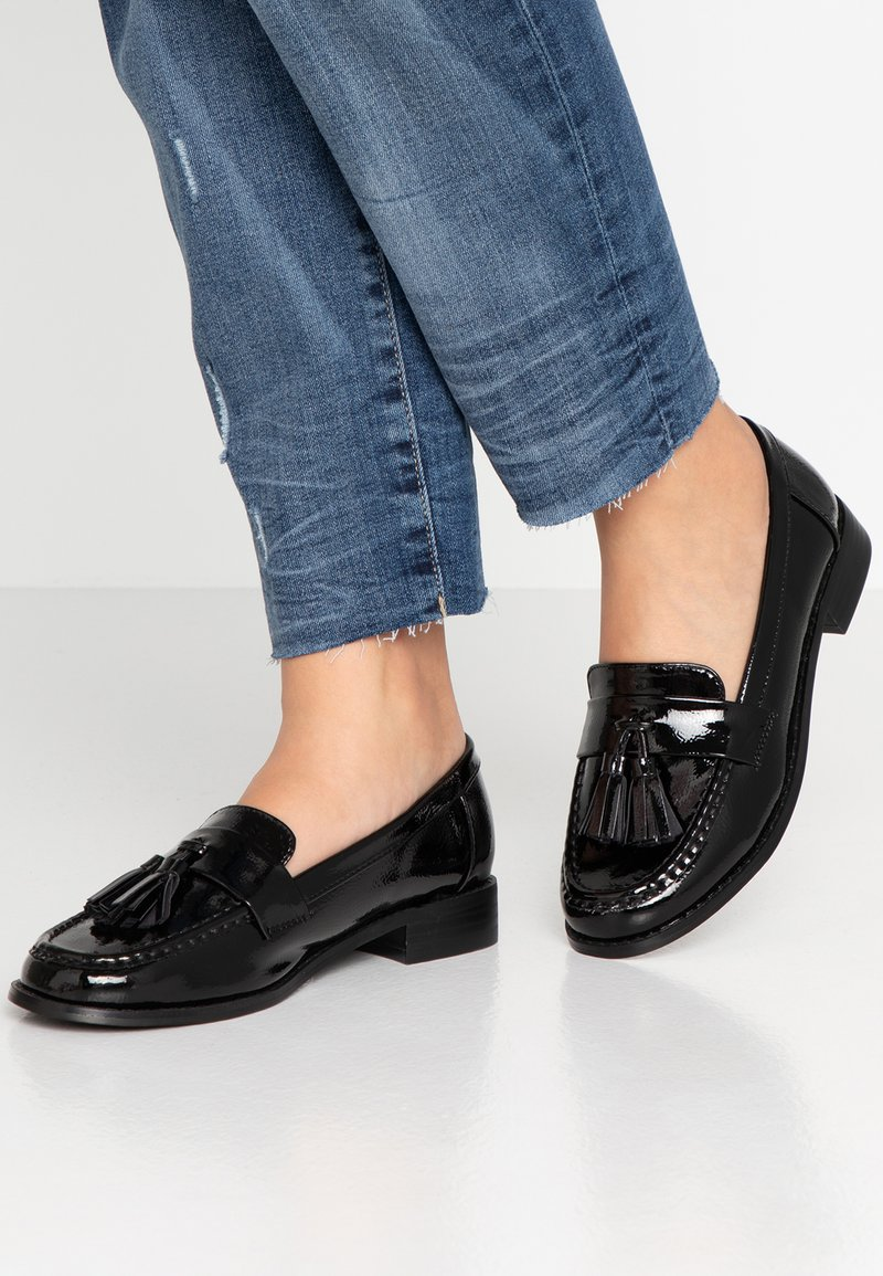 Miss Selfridge Wide Fit - WIDE FIT TASSEL LOAFER - Slipper - black