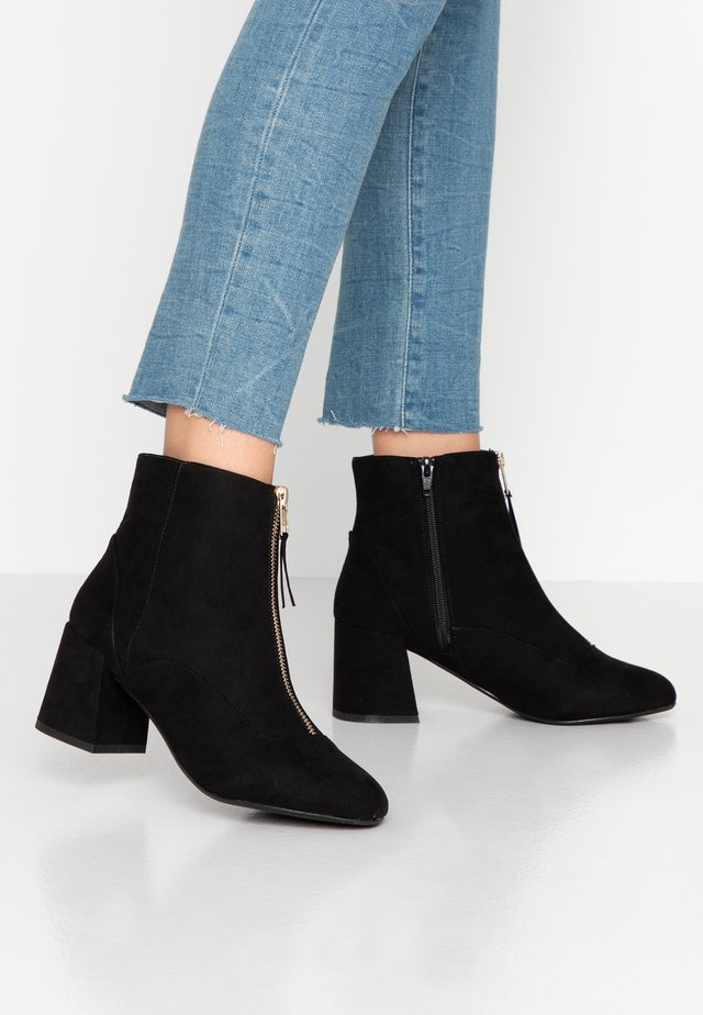 WIDE FIT BELLE ZIP FRONT BLOCK HEEL - Ankle boots - black