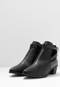Miss Selfridge Wide Fit - WIDE FIT BAMBI BUCKLE - Ankle boot - black - 4