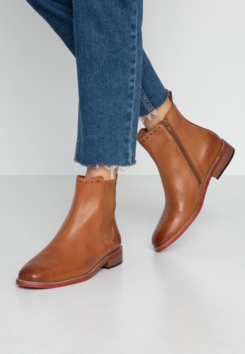 MAHONY - MILANO - Classic ankle boots - cognac