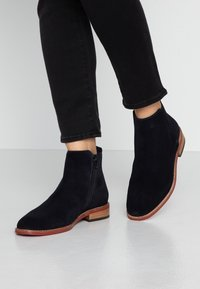 MAHONY - VERONA - Classic ankle boots - dark blue - 0