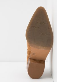 MAHONY - BILBAO - Ankle boots - cognac - 6