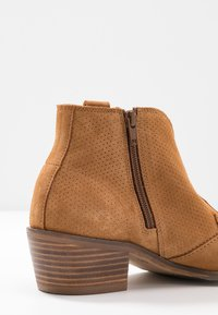 MAHONY - BILBAO - Ankle boots - cognac - 2