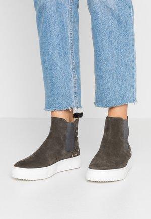 BERN - Kotníková obuv - khaki