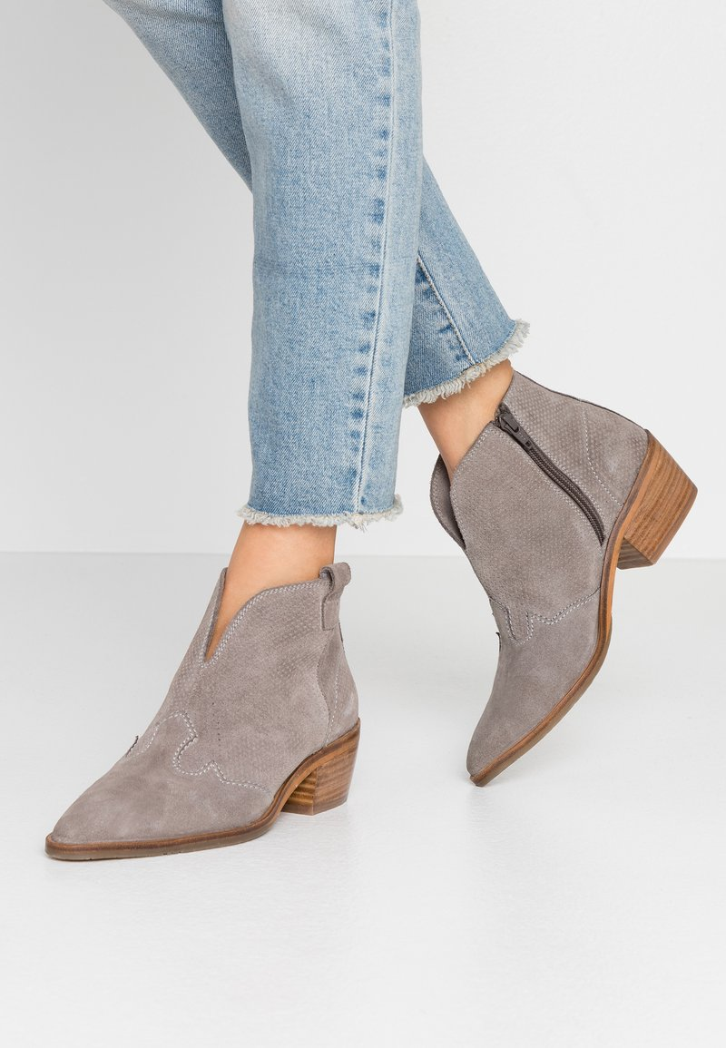 MAHONY - BILBAO - Ankle boots - taupe