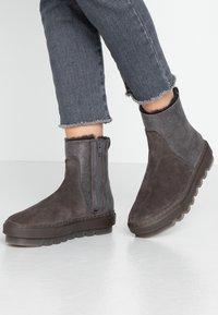 MAHONY - STOCKHOLM - Winter boots - grey khakhi - 0