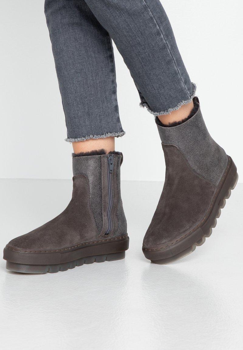 MAHONY - STOCKHOLM - Winter boots - grey khakhi