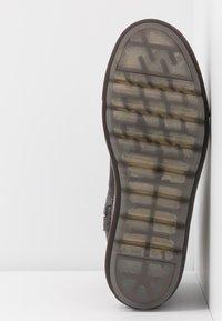 MAHONY - STOCKHOLM - Winter boots - grey khakhi - 6