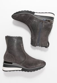 MAHONY - ORISTANO - Wedge Ankle Boots - grey - 3