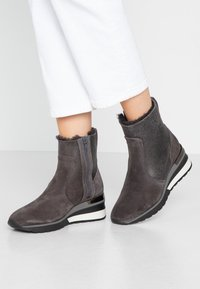 MAHONY - ORISTANO - Wedge Ankle Boots - grey - 0