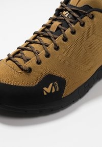 Millet - AMURI - Climbing shoes - olive - 5
