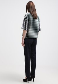 More & More - HEDY - Trousers - marine - 2