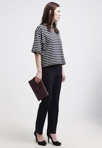 More & More - HEDY - Trousers - marine - 1