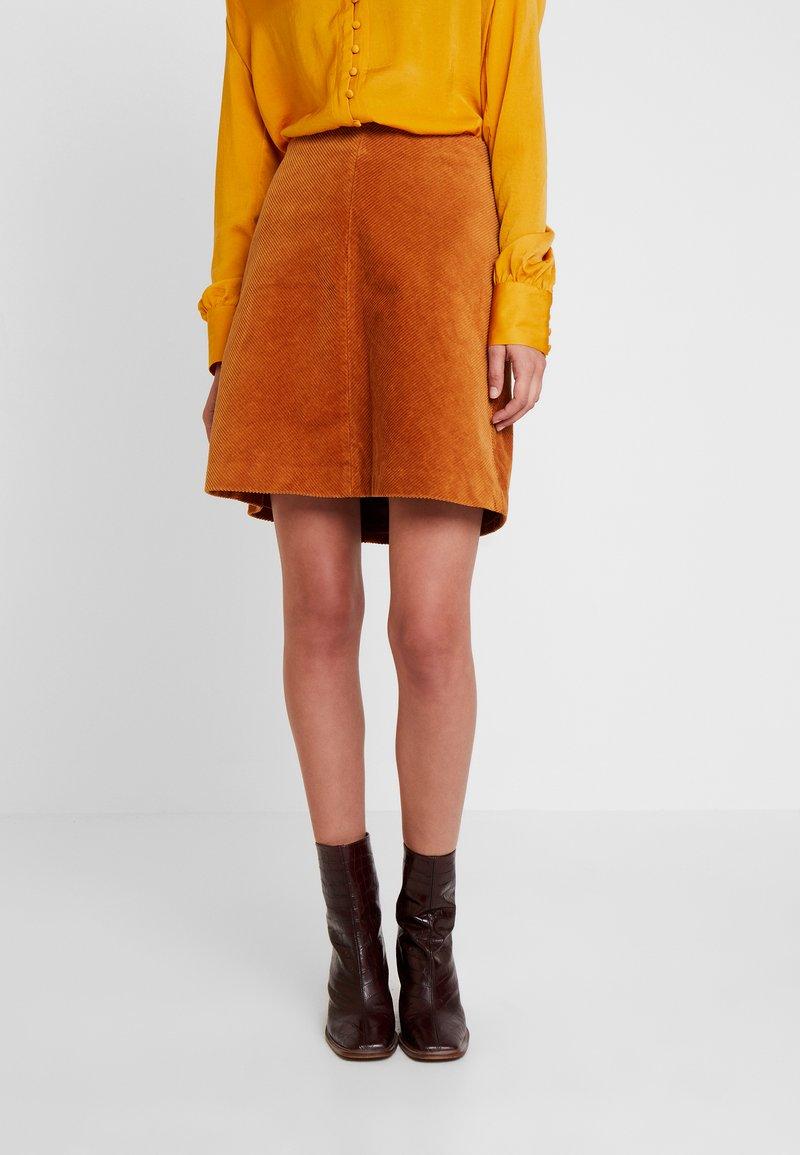 More & More - SKIRT SHORT - A-line skirt - amber gold
