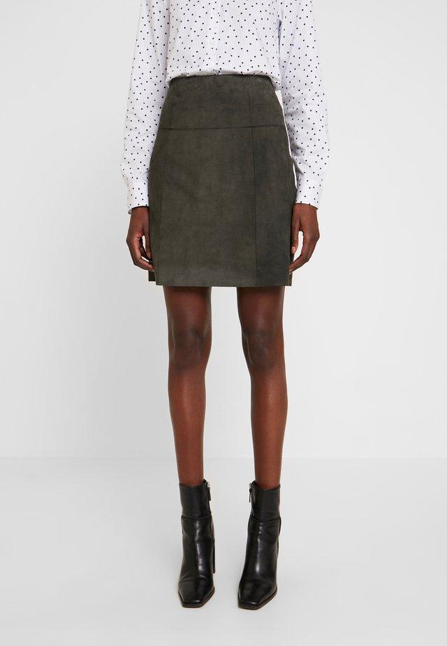 SKIRT - Leather skirt - dark leaf