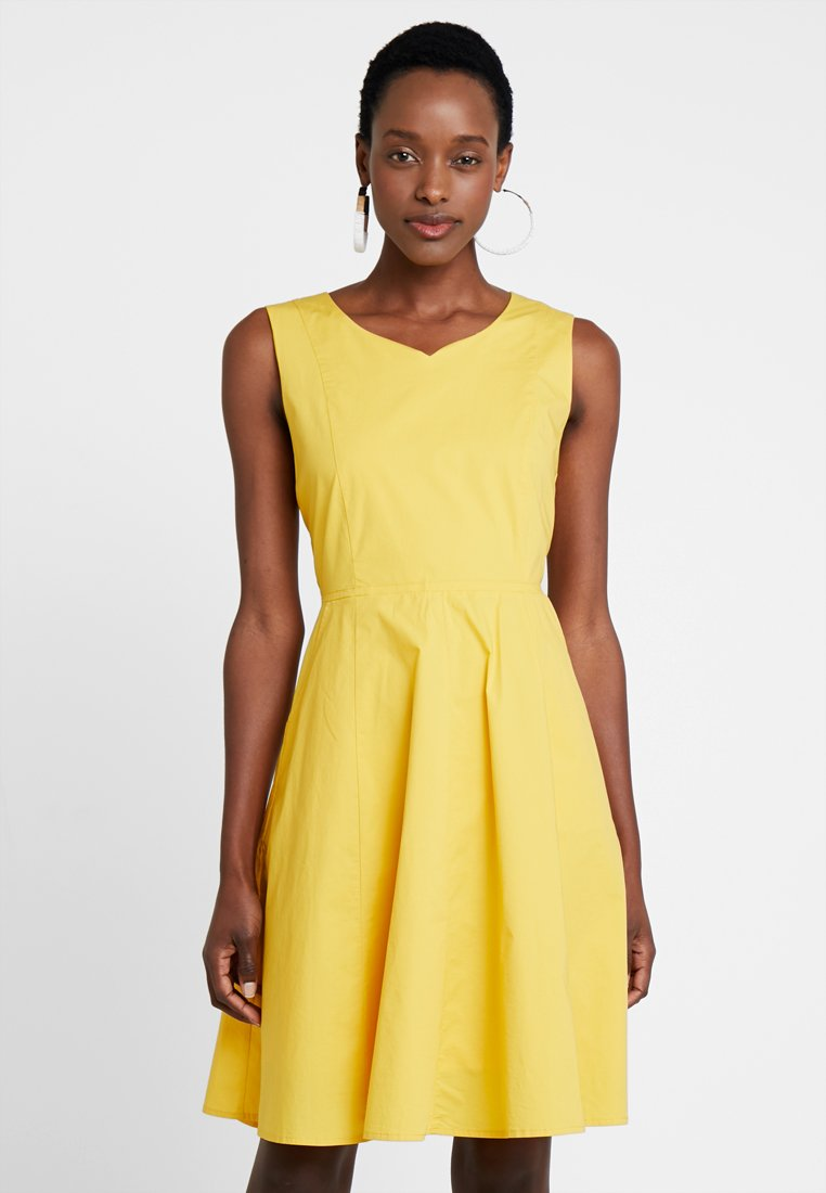 More & More - DRESS SHORT - Freizeitkleid - bright sun