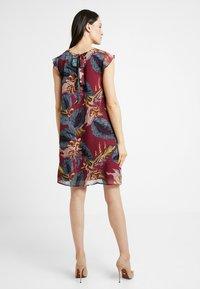 More & More - DRESS SHORT - Robe d'été - sweet raspberry - 3